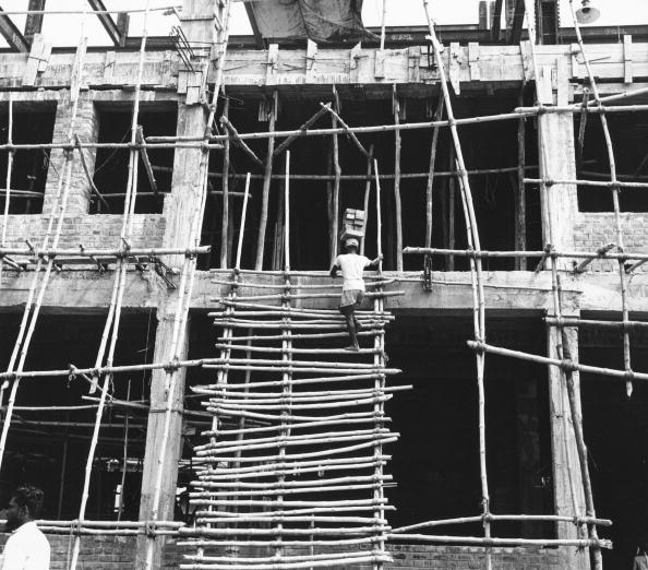 Brick「Climbing Scaffolding」:写真・画像(19)[壁紙.com]
