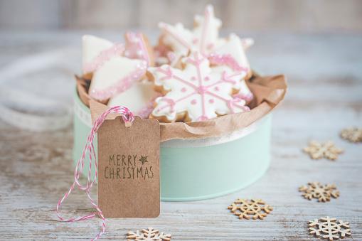 Cookie「Tin of homemade Christmas cookies」:スマホ壁紙(2)