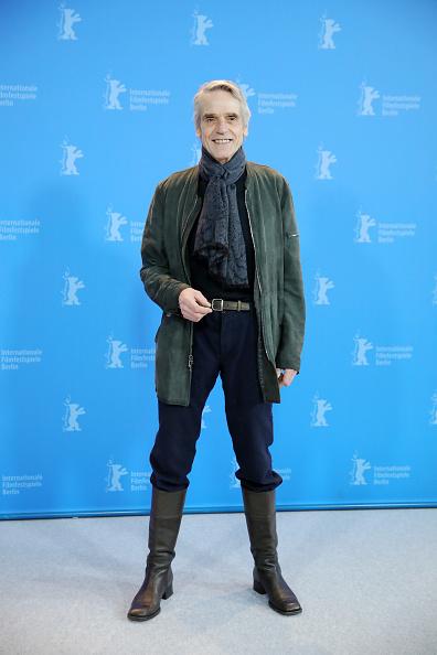 Jeremy Irons「International Jury Photocall - 70th Berlinale International Film Festival」:写真・画像(11)[壁紙.com]