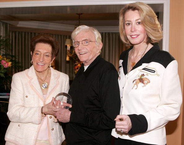 Recovery「Director Blake Edwards Receives The Recovery Milestone Award 2005」:写真・画像(11)[壁紙.com]