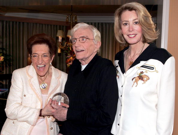 Recovery「Director Blake Edwards Receives The Recovery Milestone Award 2005」:写真・画像(12)[壁紙.com]