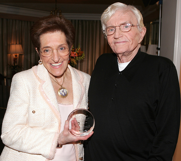 Recovery「Director Blake Edwards Receives The Recovery Milestone Award 2005」:写真・画像(14)[壁紙.com]