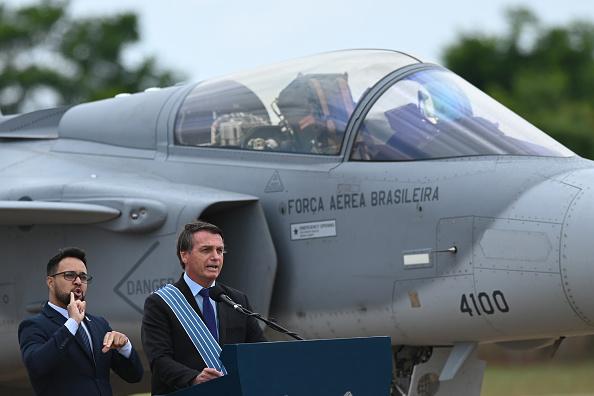 President of Brazil「Bolsonaro Attends The Aviator and Brazilian Air Force Day Amidst the Coronavirus (COVID - 19) Pandemic」:写真・画像(16)[壁紙.com]