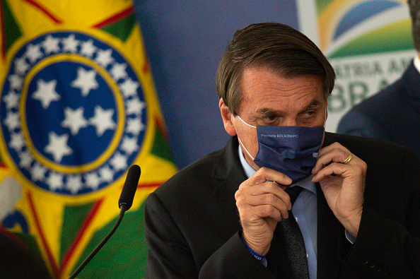 Andressa Anholete「Bolsonaro Participates in the Launch of Programa das Aguas Amidst the Coronavirus (COVID - 19) Pandemic」:写真・画像(4)[壁紙.com]