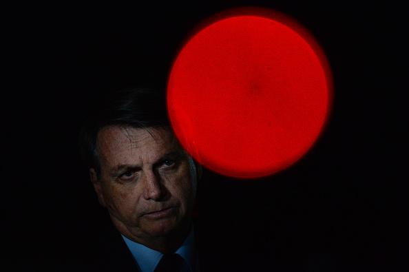 Jair Bolsonaro「Bolsonaro Speaks with his Supporters and the Press in Front of Palacio da Alvorada Amidst the Coronavirus (COVID - 19) Pandemic」:写真・画像(15)[壁紙.com]