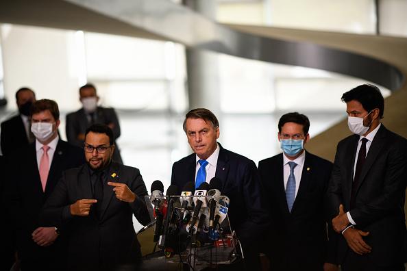 President of Brazil「President Bolsonaro Announces New Emergency Aid」:写真・画像(3)[壁紙.com]