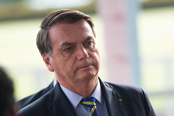 President of Brazil「President Jair Bolsonaro Interacts with His Supporters Amidst the Coronavirus (COVID - 19) Pandemic」:写真・画像(12)[壁紙.com]
