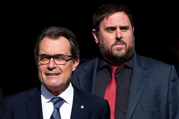 Corporate Business「Catalan Leader Artur Mas Signs Decree For Independence Referendum」:写真・画像(18)[壁紙.com]