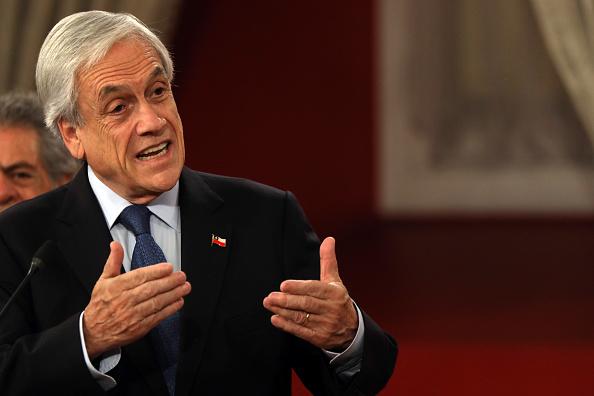 Sebastián Piñera「Sebastian Piñera Commemorates International Human Rights Day As Protests Continue In Chile」:写真・画像(2)[壁紙.com]