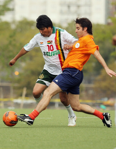 Women's Soccer「Bolivian Leader Evo Morales Organizes Soccer Game During UN General Assembly In New York」:写真・画像(16)[壁紙.com]
