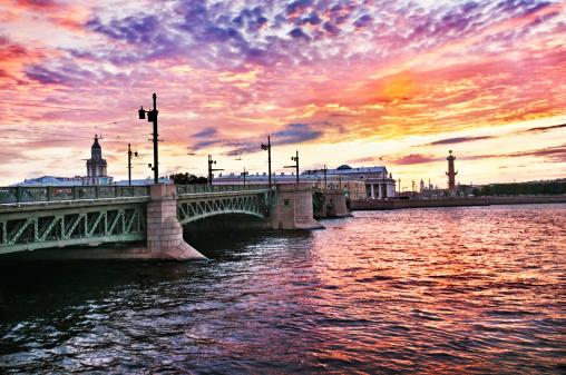 Neva River「Sunrise View of Palace Bridge St Petersburg, Russia」:スマホ壁紙(7)