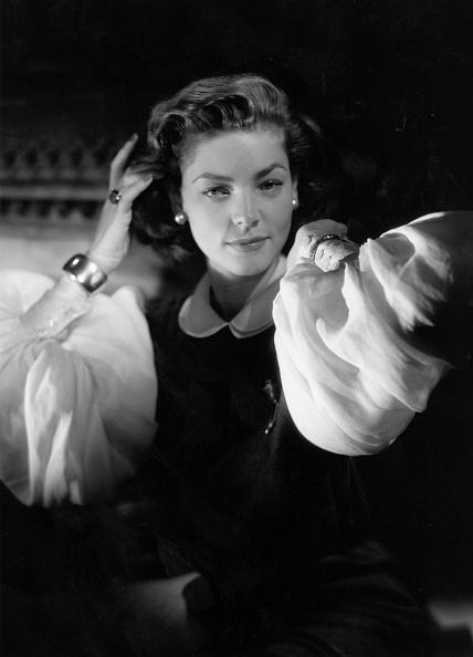 Lauren Bacall「Lauren Bacall」:写真・画像(8)[壁紙.com]