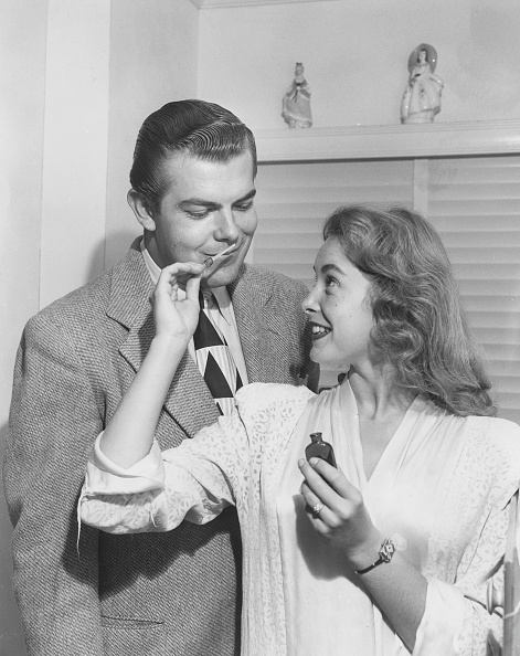 Men「Janet Leigh And Stanley Reames」:写真・画像(17)[壁紙.com]
