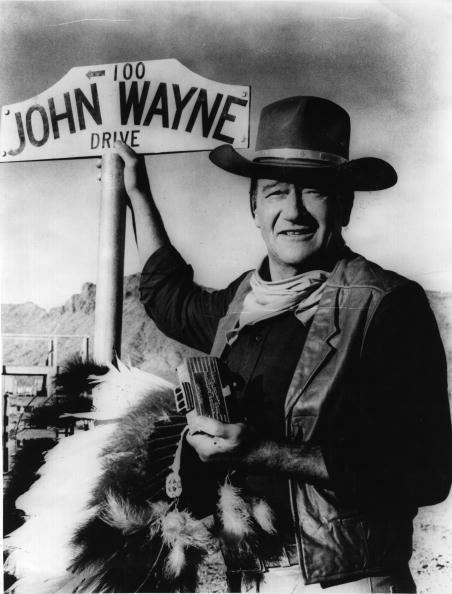 Actor「John Wayne's Sign」:写真・画像(8)[壁紙.com]