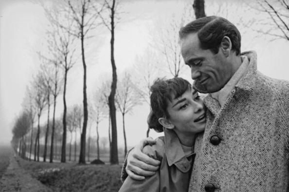 Coat - Garment「Hepburn And Ferrer」:写真・画像(17)[壁紙.com]