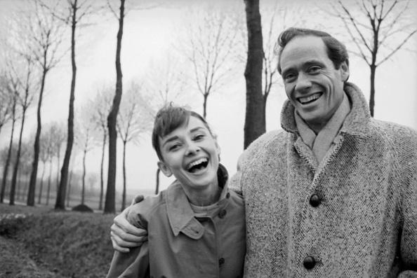 Country Road「Hepburn And Ferrer」:写真・画像(5)[壁紙.com]