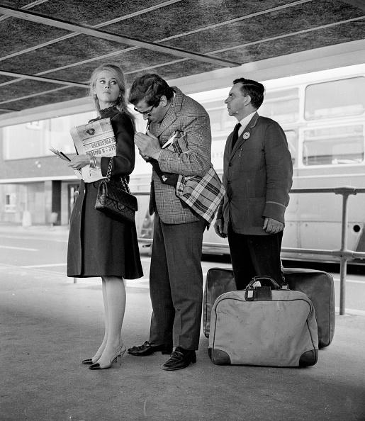 Suitcase「Jane Fonda With Roger Vadim」:写真・画像(16)[壁紙.com]