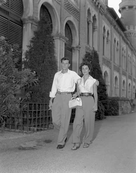 Husband「A Walk Together」:写真・画像(5)[壁紙.com]