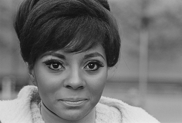 William Lovelace「Leslie Uggams」:写真・画像(6)[壁紙.com]