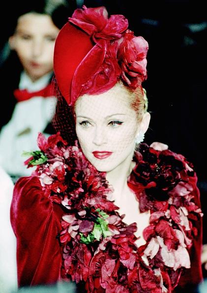 Singer「Madonna At Evita Premiere」:写真・画像(0)[壁紙.com]