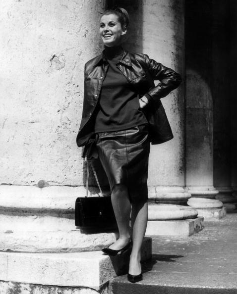Leather Jacket「Stefanie Powers」:写真・画像(19)[壁紙.com]