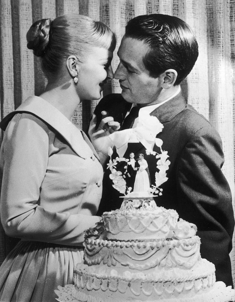 Wedding Reception「Newman And Woodward On Wedding Day, 1958.」:写真・画像(11)[壁紙.com]