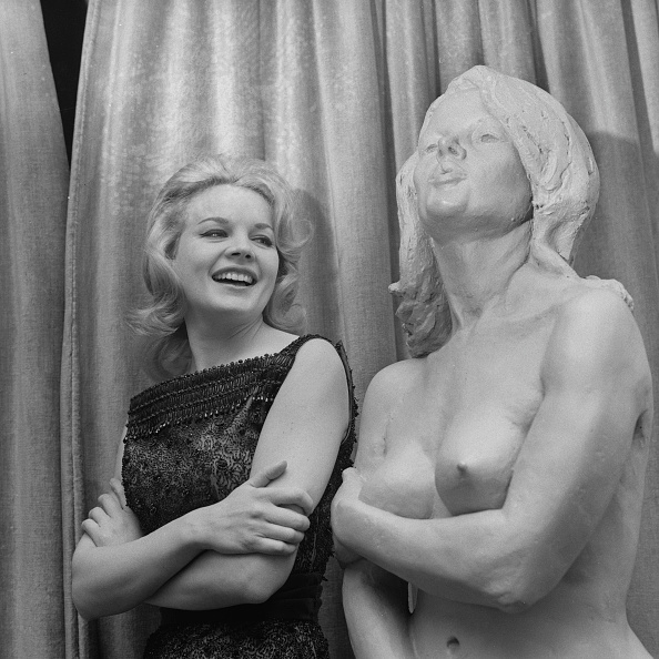 Adult「Carroll Baker」:写真・画像(2)[壁紙.com]