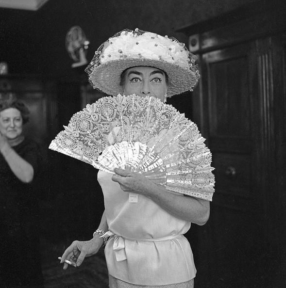 Hiding「Portrait Of Joan Crawford」:写真・画像(4)[壁紙.com]