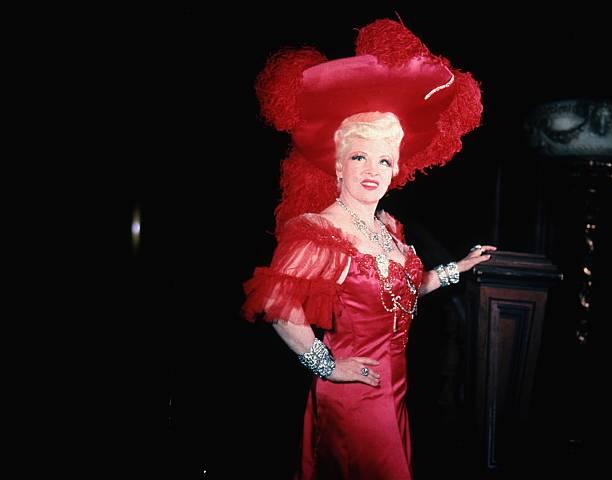Mae West:ニュース(壁紙.com)