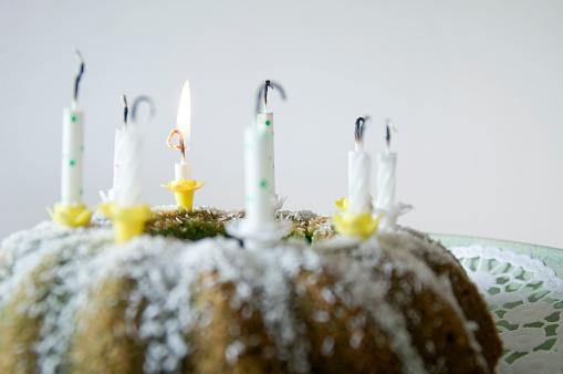 Focus On Background「Lemon ring cake」:スマホ壁紙(19)
