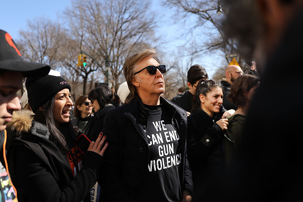 ポール・マッカートニー「Thousands Join March For Our Lives Events Across US For School Safety From Guns」:写真・画像(19)[壁紙.com]