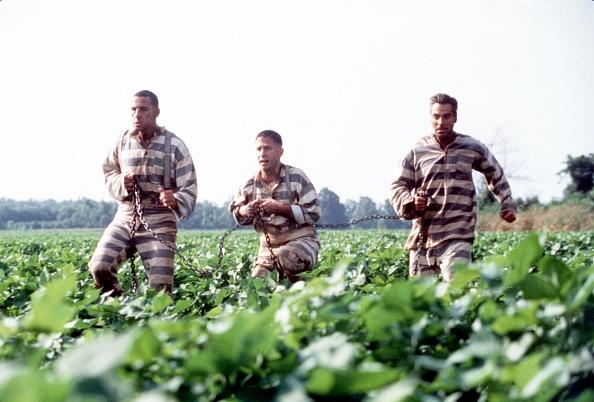 鎖「In The Depression Era Deep South (From L R Three Escapees From A Mississippi Prison Chain Gang: Pe」:写真・画像(12)[壁紙.com]