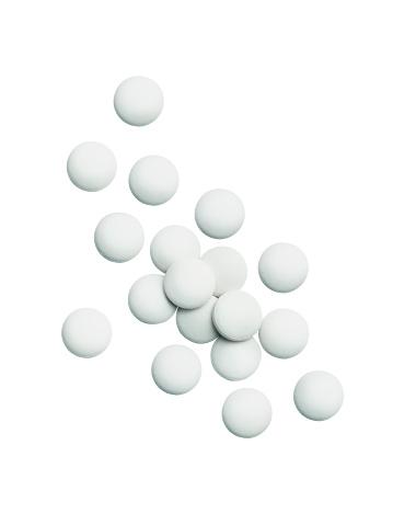 Healing「Pills isolated on white」:スマホ壁紙(3)