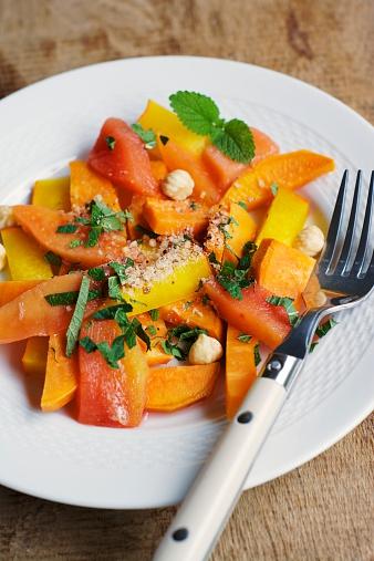 カリン「Pumpkin, sweet potato quince salad with hazelnuts and fresh chopped herbs」:スマホ壁紙(15)