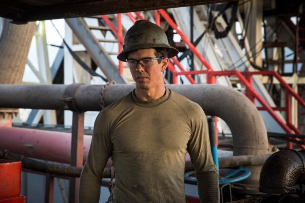 Shale「Oil Boom Shifts The Landscape Of Rural North Dakota」:写真・画像(16)[壁紙.com]