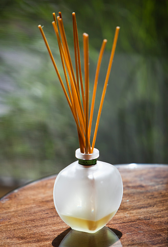 Incense「Sticks of incense in glass jar」:スマホ壁紙(5)