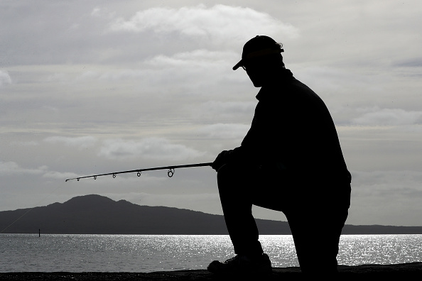 Fisherman「Lockdown Measures Eased As New Zealand Moves To Alert Level Three Restrictions」:写真・画像(11)[壁紙.com]