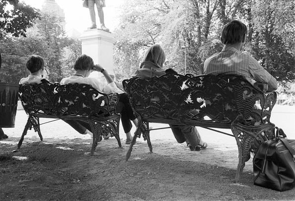 Bench「People」:写真・画像(9)[壁紙.com]