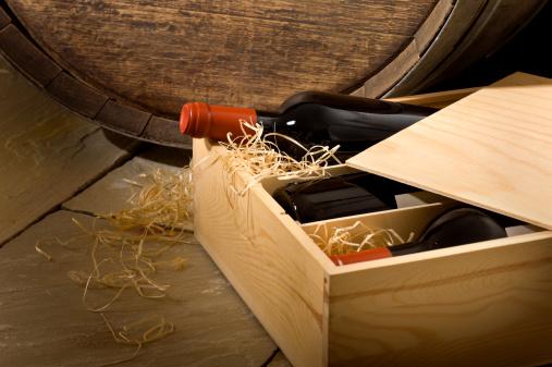 Wine Bottle「Wine Box in Cellar」:スマホ壁紙(5)