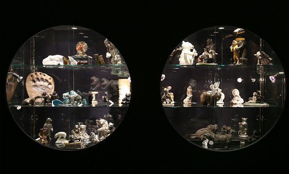 Offbeat「Preview Of Sotheby's Bear Witness Exhibition」:写真・画像(17)[壁紙.com]