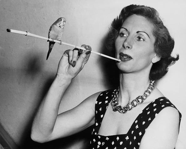 Smoking - Activity「Patricia Laffan」:写真・画像(18)[壁紙.com]
