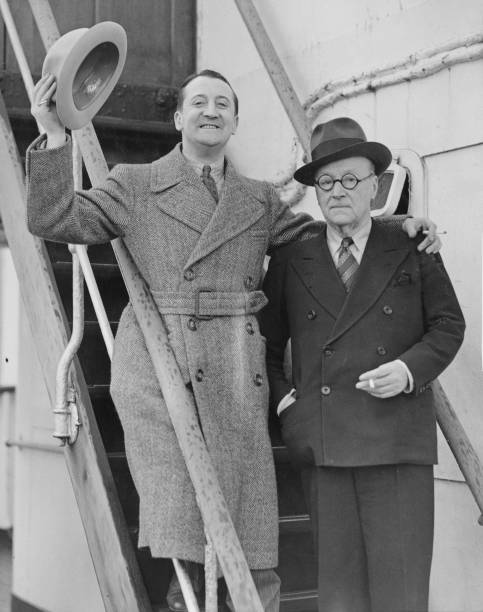 Passenger Craft「Stanley Lupino And Edward Laurilland」:写真・画像(7)[壁紙.com]
