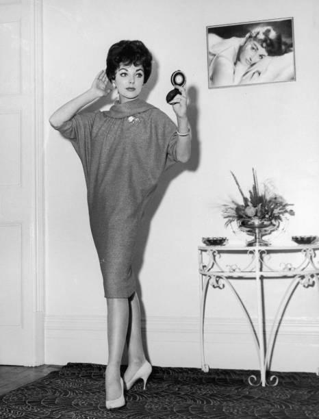 Joan Collins:ニュース(壁紙.com)