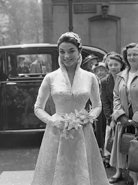 Wedding Dress「Joan's Wedding」:写真・画像(2)[壁紙.com]