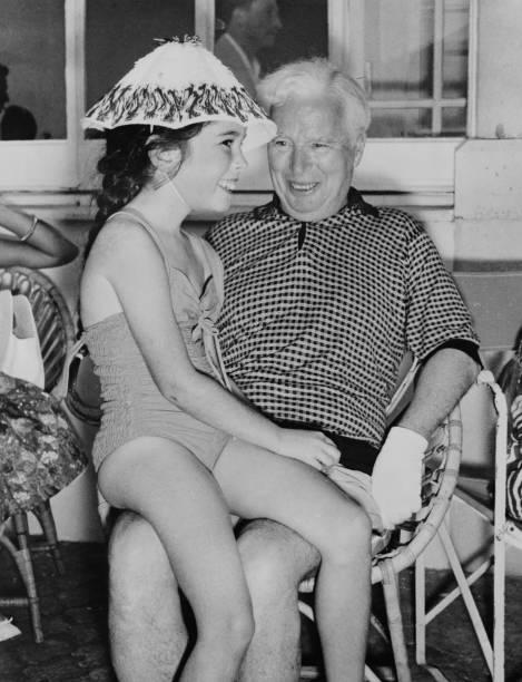 女の子「Chaplin's Daughter」:写真・画像(6)[壁紙.com]