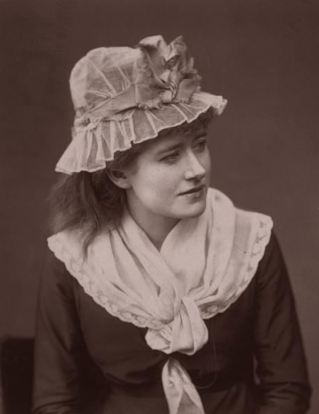 1870-1879「Ellen Terry」:写真・画像(11)[壁紙.com]