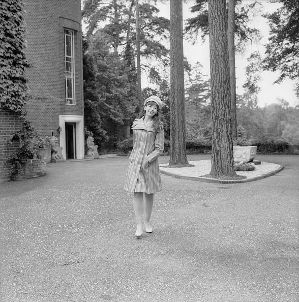 Beret「Nanette Newman」:写真・画像(14)[壁紙.com]