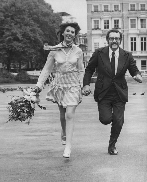 Bouquet「Anita Harris And Mike Margolis」:写真・画像(0)[壁紙.com]