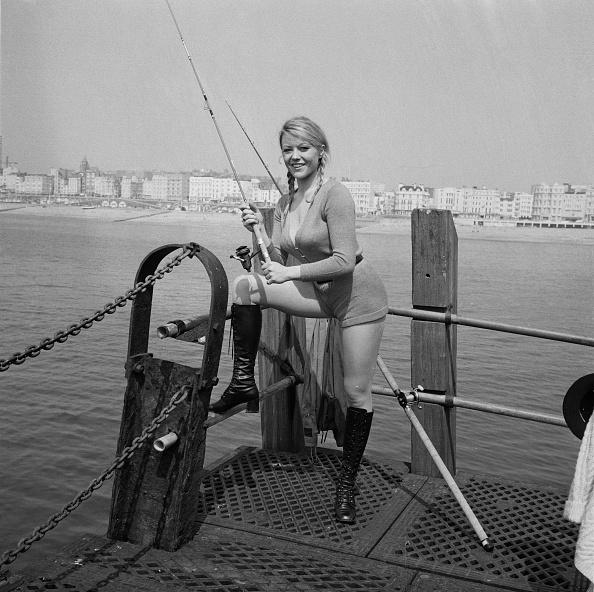 Fishing Rod「Margaret Nolan」:写真・画像(6)[壁紙.com]