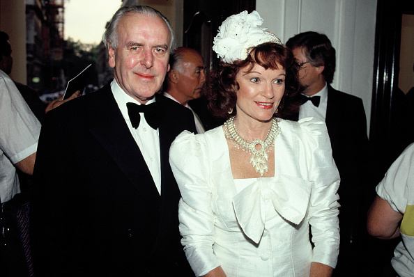 Obituary「George Cole And Wife」:写真・画像(5)[壁紙.com]